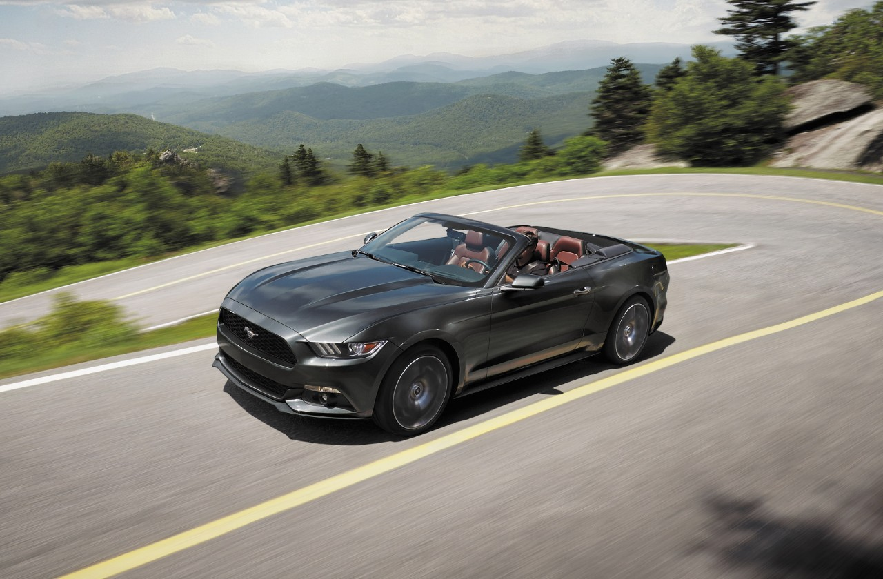 2017 ford mustang ecoboost premium convertible new car reviews grassroots motorsports. Black Bedroom Furniture Sets. Home Design Ideas
