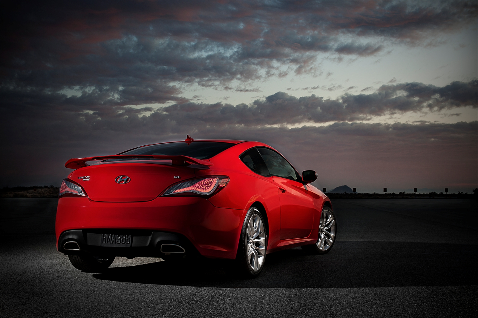 2013 hyundai genesis coupe 3 8 track new car reviews grassroots motorsports - Hyundai genesis coupe motor ...