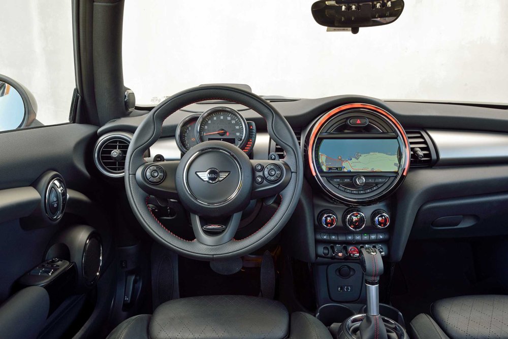 2014 mini cooper s new car reviews grassroots motorsports. Black Bedroom Furniture Sets. Home Design Ideas