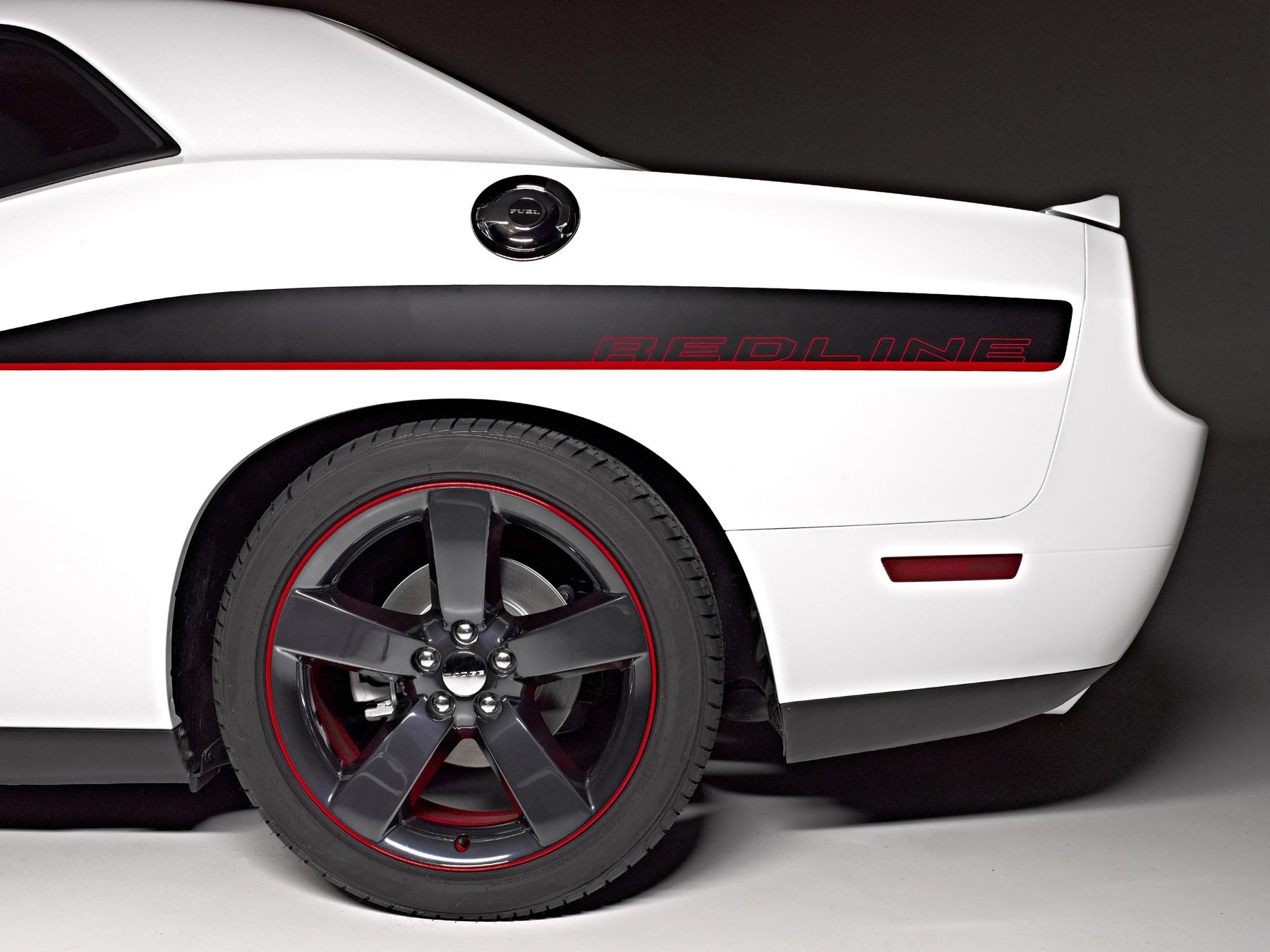 while - 2013 Dodge Challenger Rt Redline