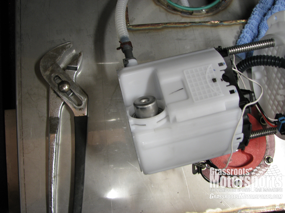 2010 camaro fuel tank location  2010  free engine image