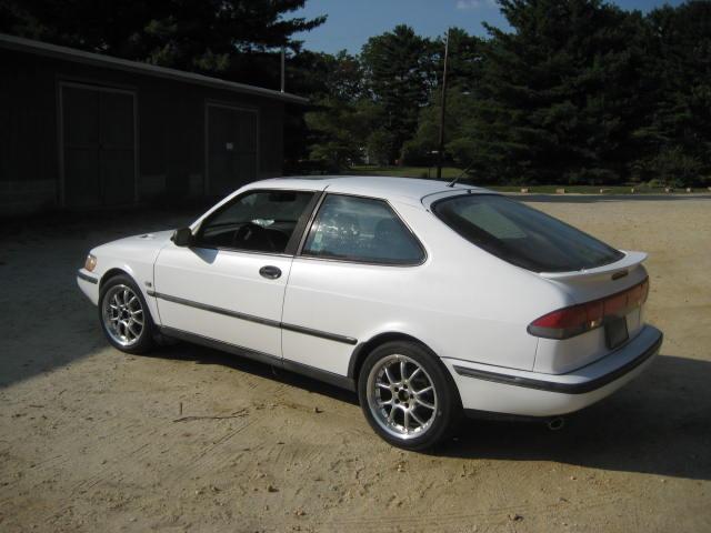 Saab 900 Se Turbo. Like this Saab? 15 votes